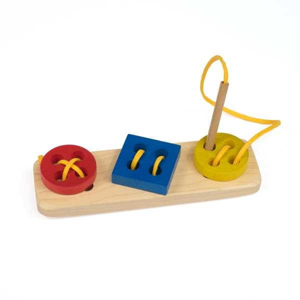 SZNUROWANY GUZIK drewniana zabawka do sznurowania, zabawka zręcznościowa